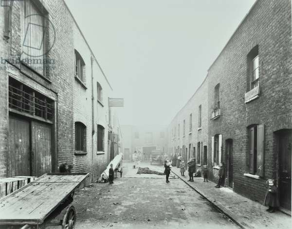 66-68 Fort Road: front elevations, London, 1914 (b/w photo)