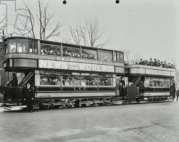 The Tooting-Embmankment electric tram, 1913 (b/w photo)