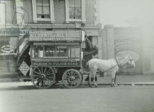 London General Omnibus Company horse-drawn omnibus, Kilburn and Fulham Road, 1909 (b/w photo)