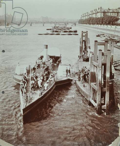 London County Council Steamboats: passengers board 'The Rennie' at Lambeth Bridge Pier, 1907 (b/w photo)