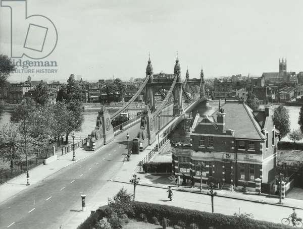 Hammersmith Bridge: looking North, 1940 (b/w photo)