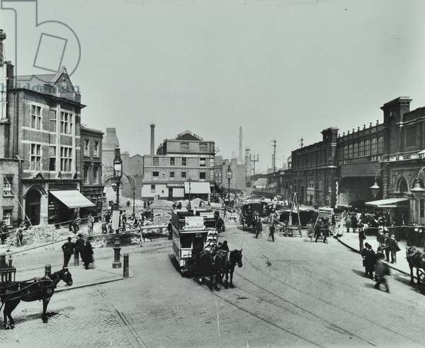Electrication of Westminster-Wandsworth tramways, Vauxhall Cross, 1900 (b/w photo)