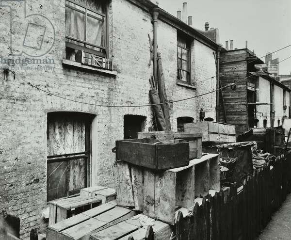 Roy Place: slum clearance site, 1923 (b/w photo)