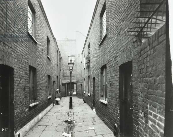 Millbank, Westminster LB: Champions Alley looking to Millbank, 1902 (b/w photo)