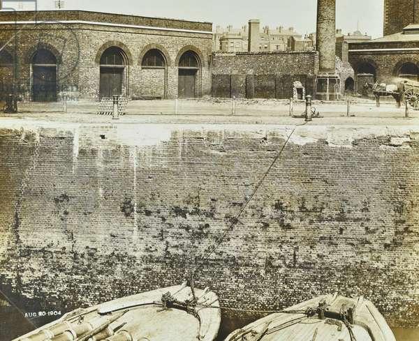 London Docks, 1904 (b/w photo)