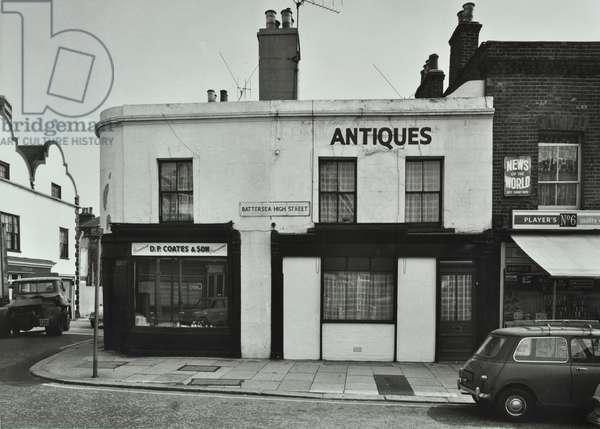 17-19 Battersea High Street, London, 1970 (b/w photo)