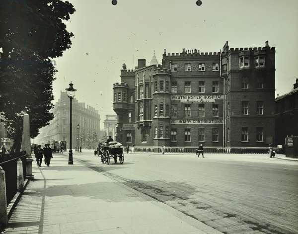Westminster Hospital: elevation, 1913 (b/w photo)