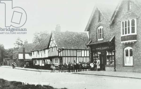 High Street Harmondsworth, Hillingdon: general view, 1920 (b/w photo)