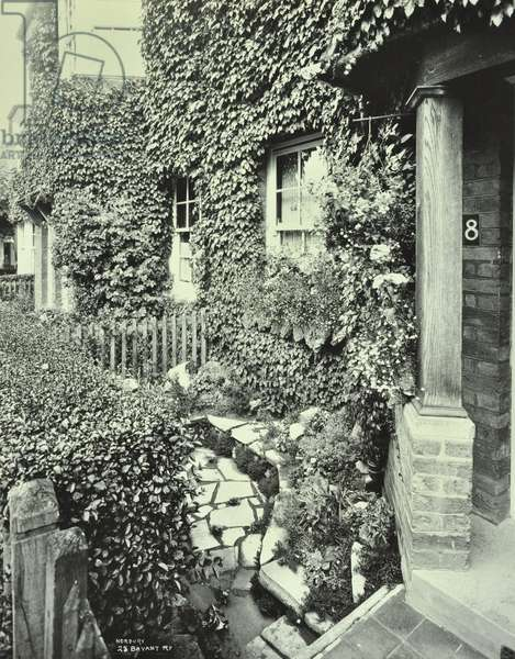 Norbury Estate, 28 Bavant Road, front of house with ivy, London, 1930 (b/w photo)