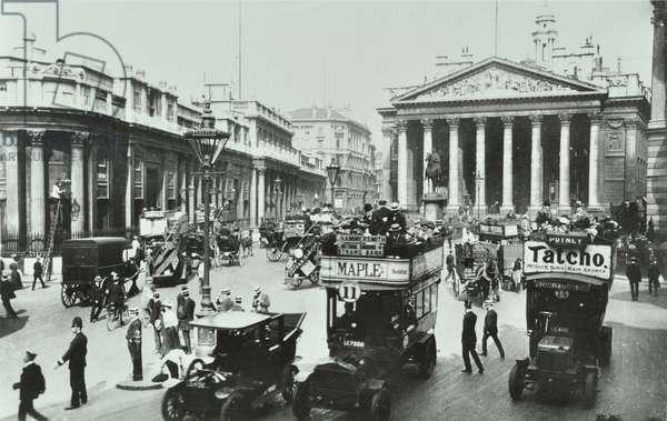Royal Exchange, Threadneedle Street, City of London, 1914 (b/w photo)