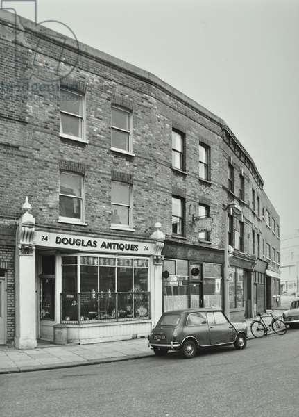16-24 Battersea High Street, London, 1971 (b/w photo)