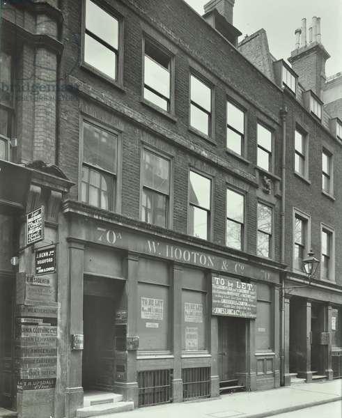 W. Hooton & Co, 70-70a Aldermanbury, London, 1912 (b/w photo)