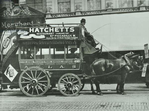 Horse-drawn omnibus of London Central Omnibus Company Ltd, 1906 (b/w photo)