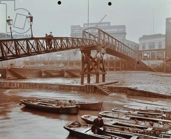 Limehouse Pier, 1908 (b/w photo)