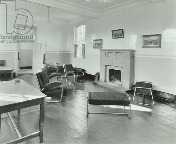 Sutton Training Centre: sittting room, 1937 (b/w photo)