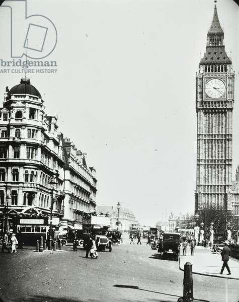 Parliament Square, Westminster LB: Bridge Street from Parliament Square, 1920 (b/w photo)