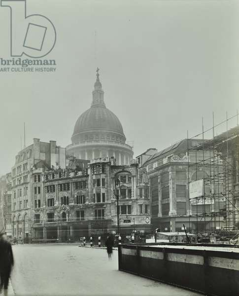 Saint Paul's Cathedral, Cheapside, from Saint Martins-le-Grand, bomb damage, City of London, 1942 (b/w photo)
