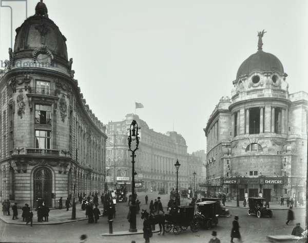 Strand, Gaiety Theatre, Aldwych, Westminster LB: Aldwych from Strand, 1909 (b/w photo)