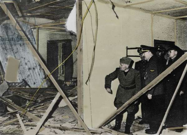 """20/07/1944, attack directed against Adolf Hitler: Benito Mussolini and Adolf Hitler constant the degats following the explosion in the """"map room of the situation"""" in a bunker where Hitler had summoned his headquarters. Rastenburg, Germany"""