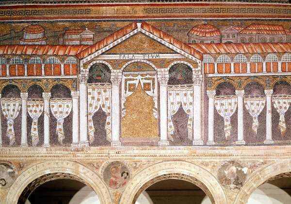 The Palace of Emperor Theodoric the Great. Mosaic of Sant'Apollinare nuovo (Saint Apollinaire the Neuf) in Ravenna.