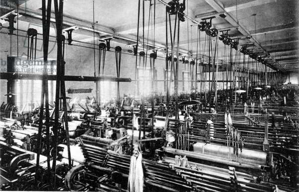 Interior of Schoch cotton weaving factory. 1910 Milan.