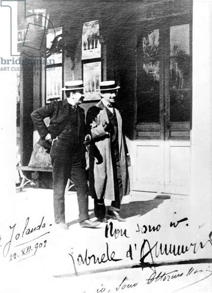 Portrait of Gabriele D'Annunzio and Ottorino Novi in 1902.