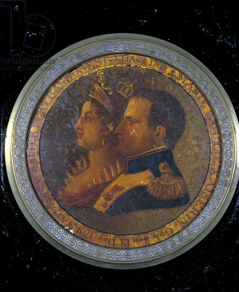 Lid of a snuffbox with portraits of Napoleon I and Josephine. Milan, Museum of the Risorgimento