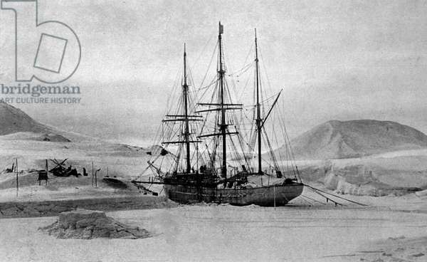 "The boat """" Why pas"""""" IV (later baptized the French) by Jean Baptiste Charcot (1867-1936), doctor, explorer of the polar zones. Winter in Antarctica between 1908-1910."