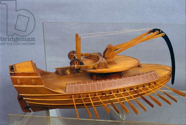 Escorpio, boat with the eperon. Model from the drawing of Leonardo da Vinci (Leonardo da Vinci). Museum of Science and Technology, Milan.
