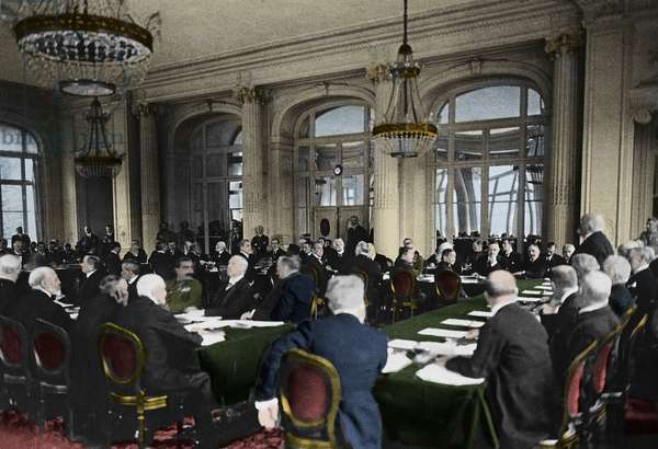First World War: 28/06/1919. Signing of the peace treaty at the Trianon Palace in Versailles. Georges Clemenceau (1841-1929), standing on the right, addresses the German delegation.