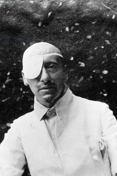 Portrait of the poet Gabriele D'Annunzio (1863 - 1938) wounded around 1920.