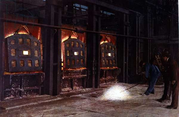 Ansaldo factories. Martin stoves. The casting bath. Illustration by Mr. Nizzoli, 1898. .