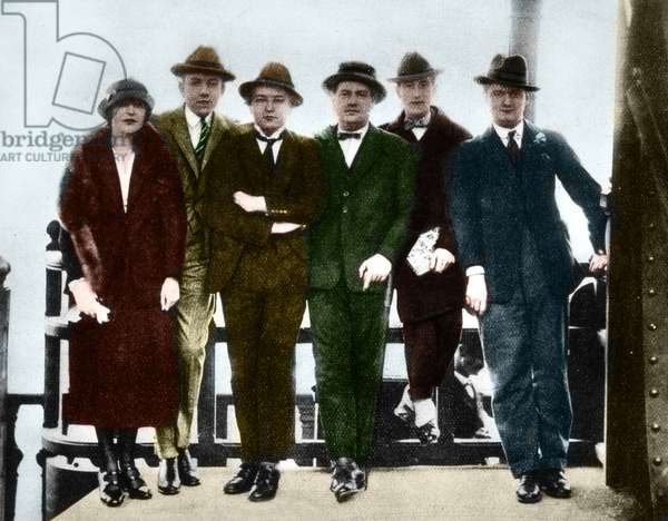 Five composers from 'Les Six', at the Eiffel Tower (photo)