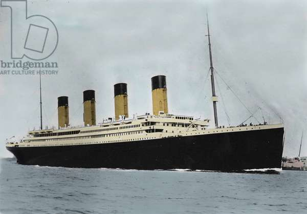 View of the liner White Star liner RMS Titanic, during its inauguration trip. Southampton 04/10/1912