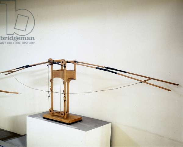 Machine for flying with wing wings, model according to the drawing of Leonardo da Vinci (Leonardo da Vinci). Museum of Science and Technology, Milan.