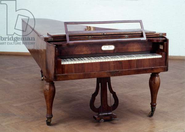 Vienna grand piano of the 19th century, which belonged to Schubert. Alois Graf.
