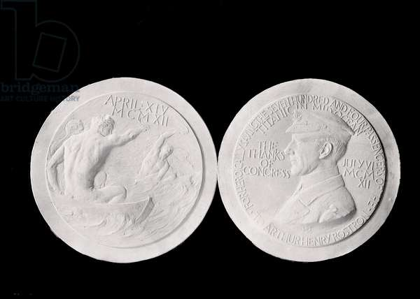 Mould of the medal offered to Arthur Rostron (1869-1940), captain of the ship Carpathia, who came to the rescue of the liner Titanic at the time of the sinking in April 1912.