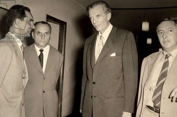 Italo Calvino, Norberto Bobbio, Aldous Huxley, Italy in the late 1950s