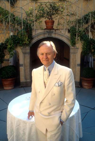 Portrait of the writer, Tom wolfe