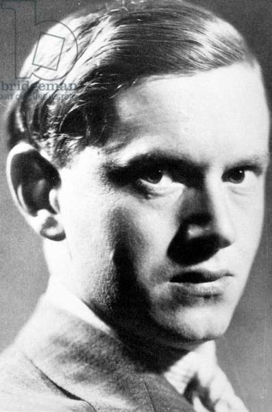 Portrait of the English writer Evelyn Waugh (1903 - 1966).