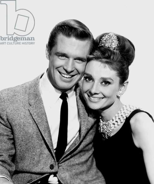 "Comedians Audrey Hepburn and George peppard in Blake Edwards's movie """" Diamonds sur canape"" (Breakfast at Tiffany's) 1961 The costumes are by Hubert de Givenchy."