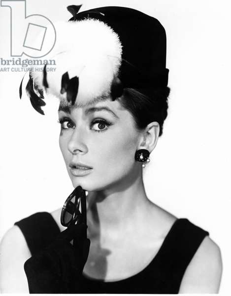 "Comedian Audrey Hepburn in Blake Edwards' """" Diamonds sur canape"" (Breakfast at Tiffany's) 1961 The costumes are by Hubert de Givenchy."