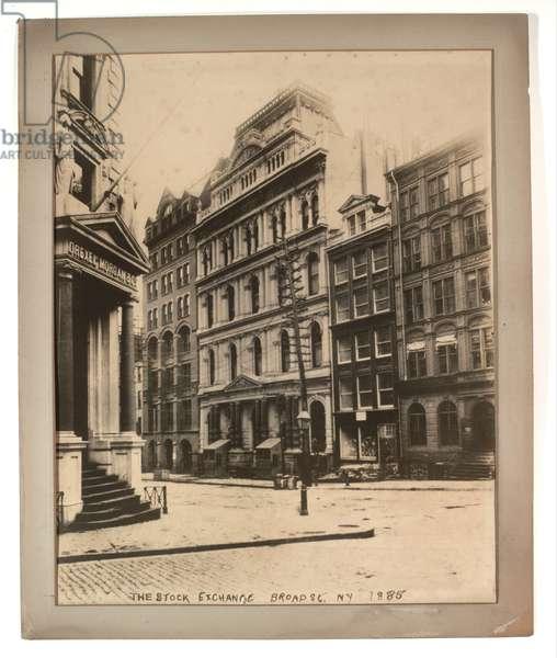 The stock exchange on Broad Street, 1885 (sepia photo)