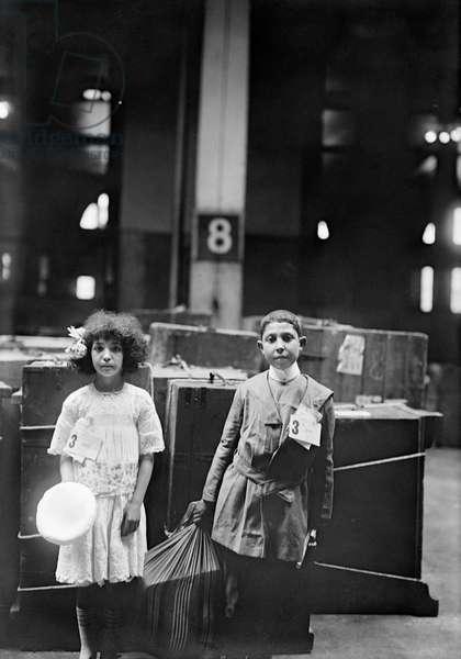 Two Immigrant Children, Ellis Island, New York City, New York, USA, Bain News Service, 1915 (b/w photo)