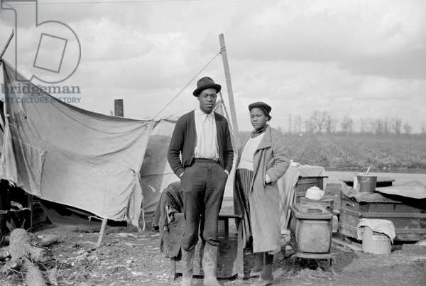 Evicted Sharecroppers Along Highway 60, New Madrid County, Missouri, USA, Arthur Rothstein for Farm Security Administration (FSA), January 1939