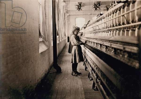 Young Girl Spinning Cotton at Cotton Mill, Lancaster, South Carolina, USA, circa 1908