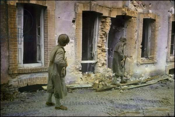 Two U.S. Soldiers Searching through Damaged Buildings, Battle of Normandy, Cherbourg, France, June 1944 (photo)