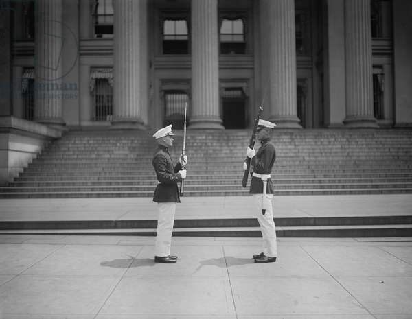 Marines Guarding Treasury during Ku Klux Klan Parade, Washington DC, USA, 1925 (b/w photo)
