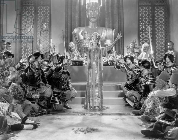Myrna Loy (center), on-set of the Film,