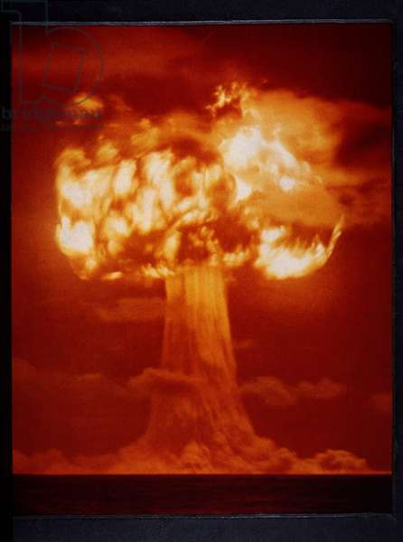 First Test Explosion of Atomic Bomb, Alamogordo, New Mexico, USA, 1945